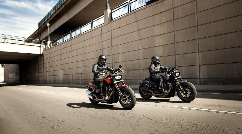 Ζήστε [ΠΙΟ] ελεύθεροι με μία Harley-Davidson.