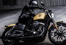 Όφελος 1000€ στη Harley Davidson Sportster 883 έως τέλος Αυγούστου.