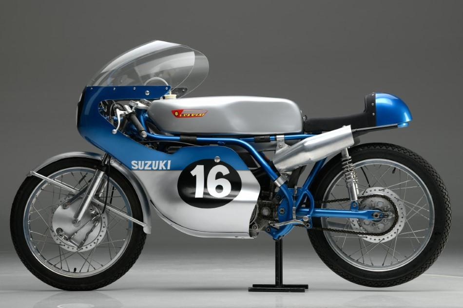 MotoGP_Parousiasi_Team_Suzuki_Ecstar_GSX_RR_2020_slide.gr_38