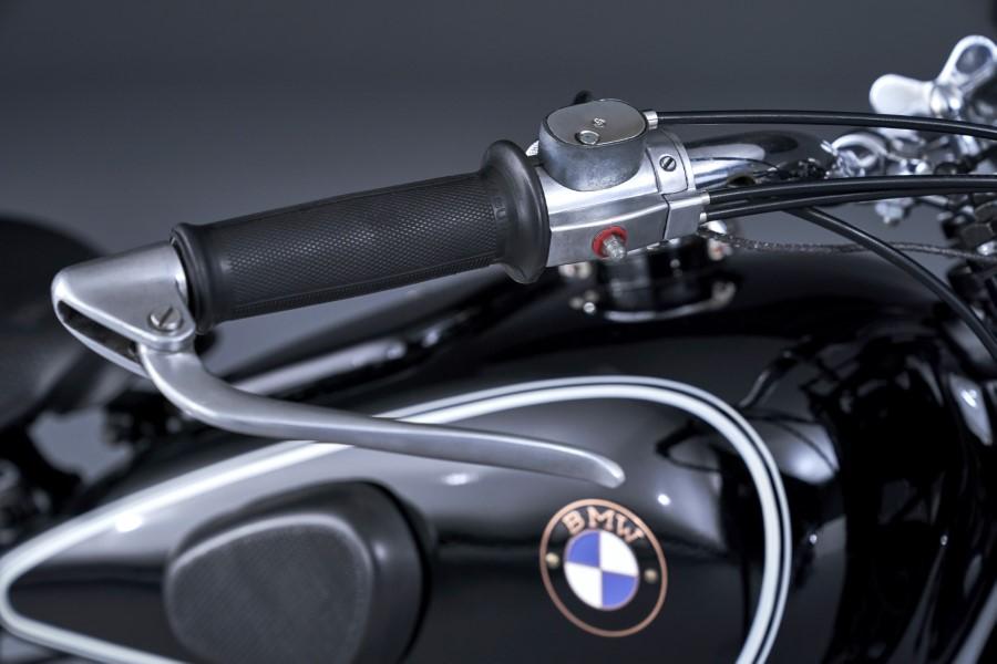 BMW_R18_New_Cruiser_2020_slide.gr_12