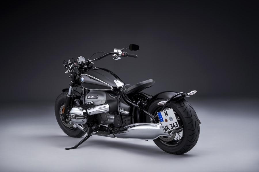 BMW_R18_New_Cruiser_2020_slide.gr_24