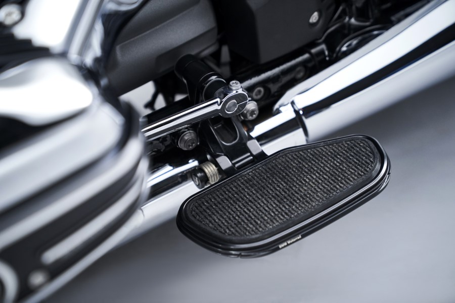 BMW_R18_New_Cruiser_2020_slide.gr_26