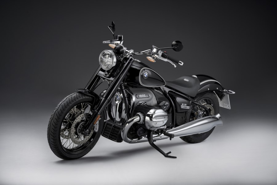 BMW_R18_New_Cruiser_2020_slide.gr_37