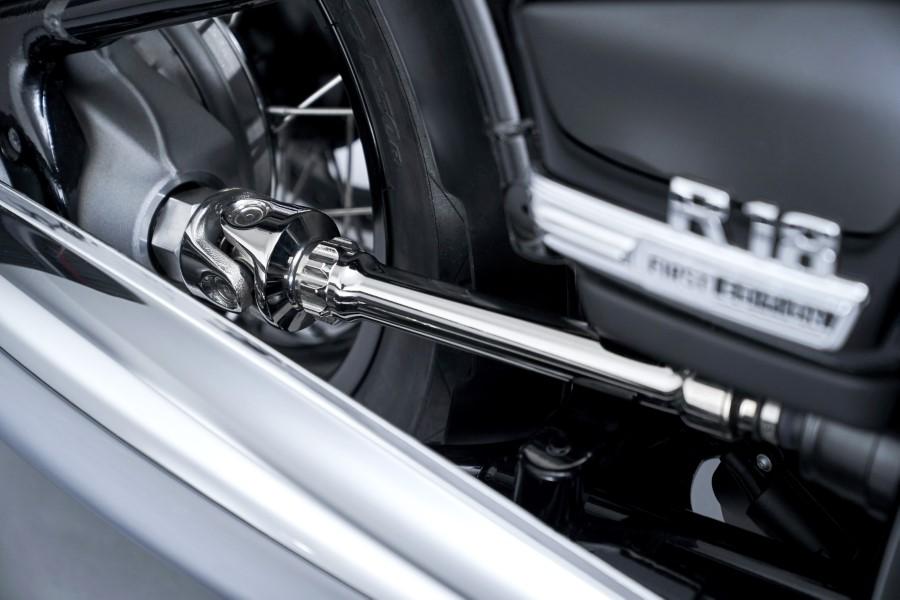 BMW_R18_New_Cruiser_2020_slide.gr_41