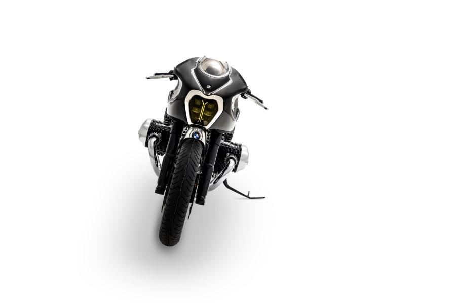 BMW_Motorrad_Blechmann_R18_Custom_2020_slide.gr