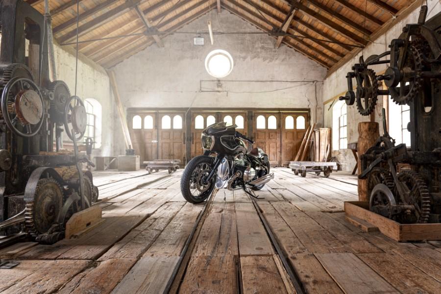BMW_Motorrad_Blechmann_R18_Custom_2020_slide.gr_07
