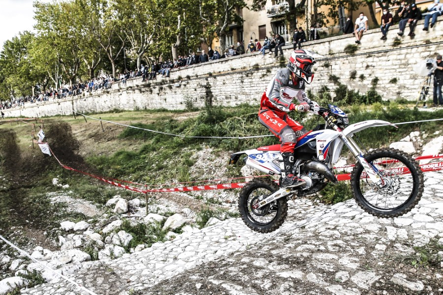 Fantic_Enduro_GP_Italy_Etchells_2020_slide.gr_15