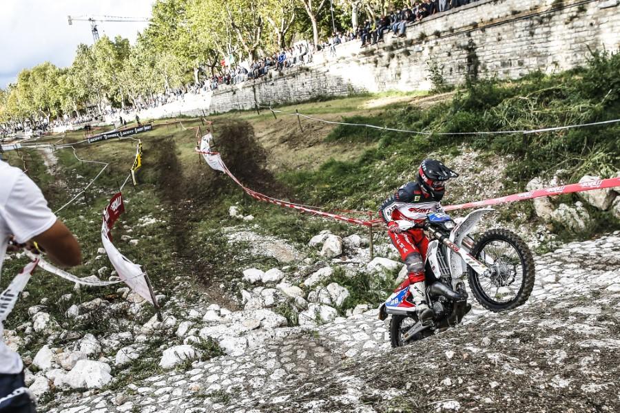 Fantic_Enduro_GP_Italy_Etchells_2020_slide.gr_16