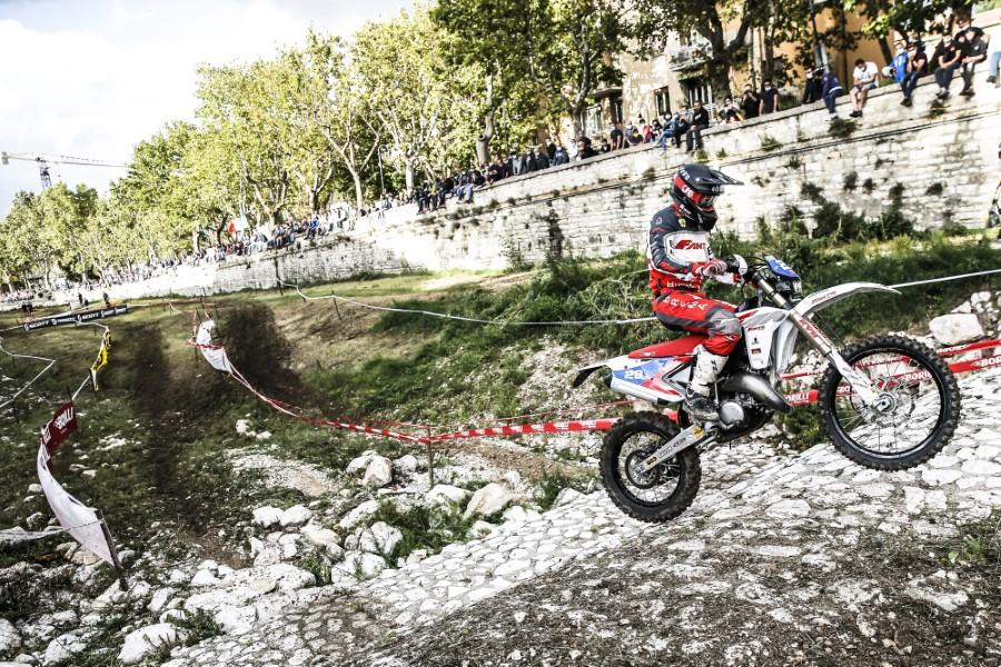 Fantic_Enduro_GP_Italy_Etchells_2020_slide.gr_17