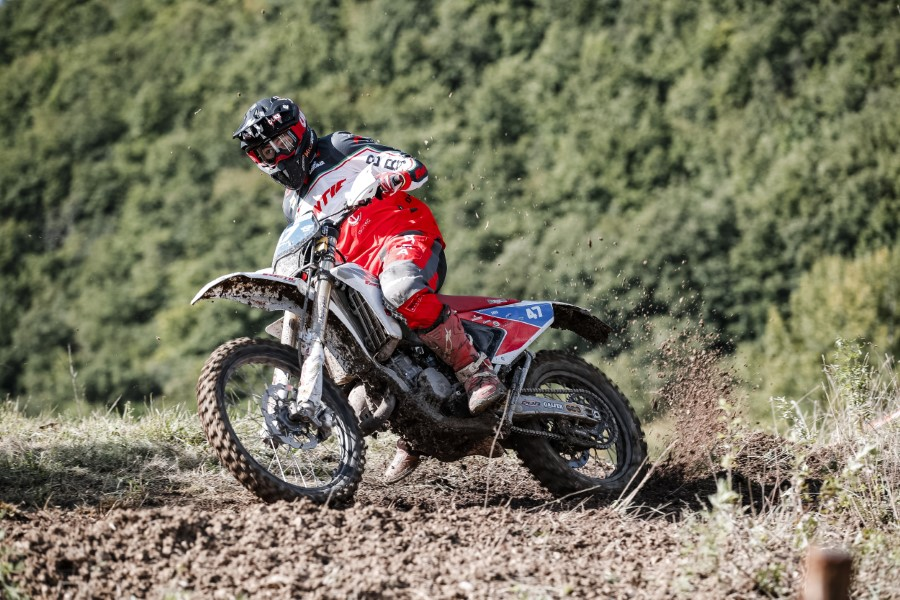 Fantic_Enduro_GP_Italy_Etchells_2020_slide.gr_35
