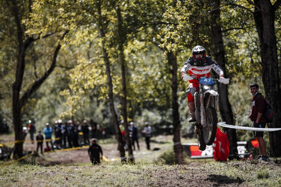 Fantic_Enduro_GP_Italy_Etchells_2020_slide.gr_36