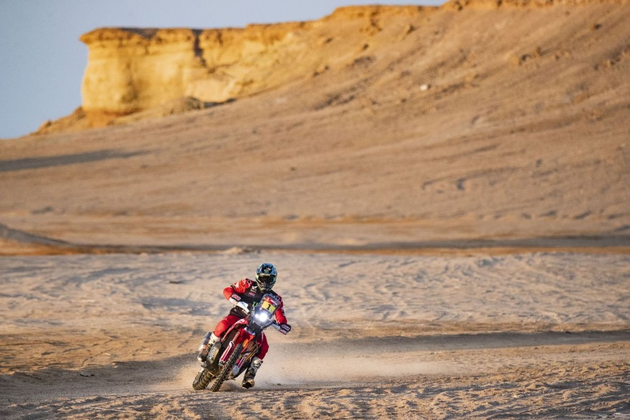 Honda_Monster_Energy_Team_Dakar_Win_2021_slide.gr_05
