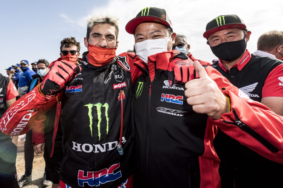 Honda_Monster_Energy_Team_Dakar_Win_2021_slide.gr_07