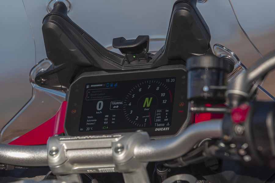 Ducati_Multistrada_V4_2021_slide.gr_11