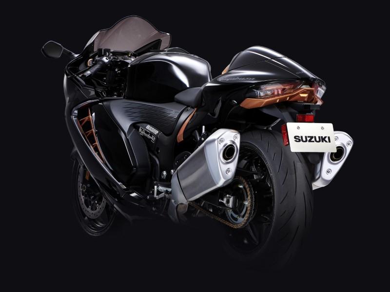 Suzuki_Hayabusa_GSX1300R_Gen3_MY21_2021_slide.gr_23