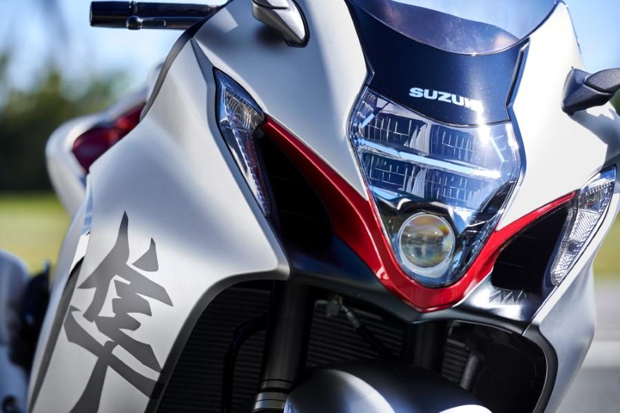Suzuki_Hayabusa_GSX1300R_Gen3_MY21_2021_slide.gr_27