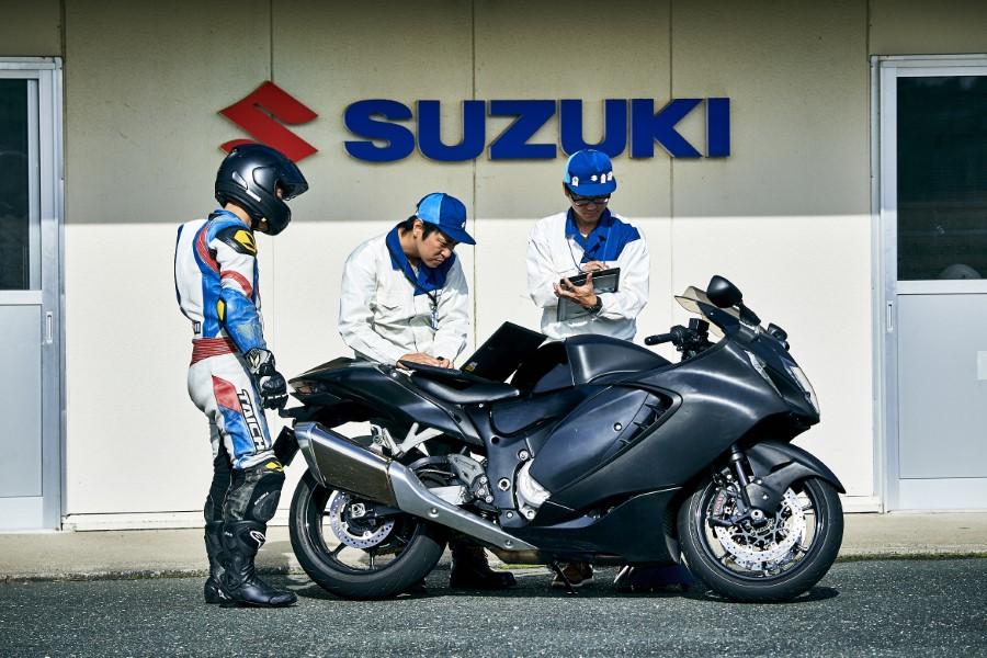 Suzuki_Hayabusa_GSX1300R_Gen3_MY21_2021_slide.gr_41