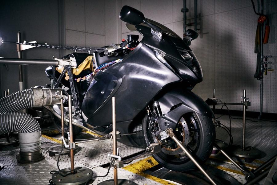 Suzuki_Hayabusa_GSX1300R_Gen3_MY21_2021_slide.gr_48