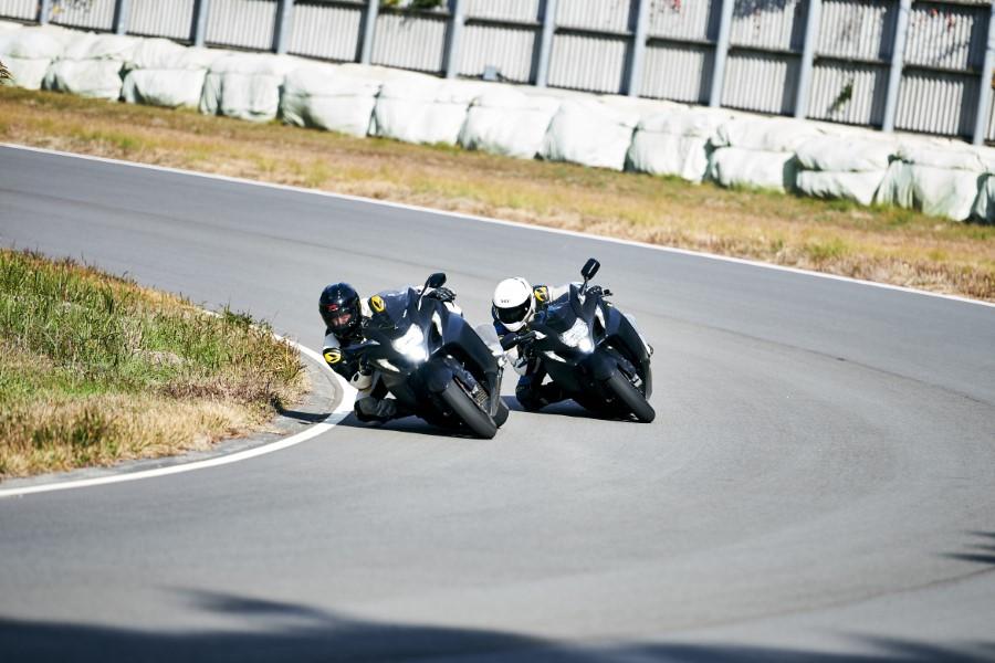 Suzuki_Hayabusa_GSX1300R_Gen3_MY21_2021_slide.gr_52
