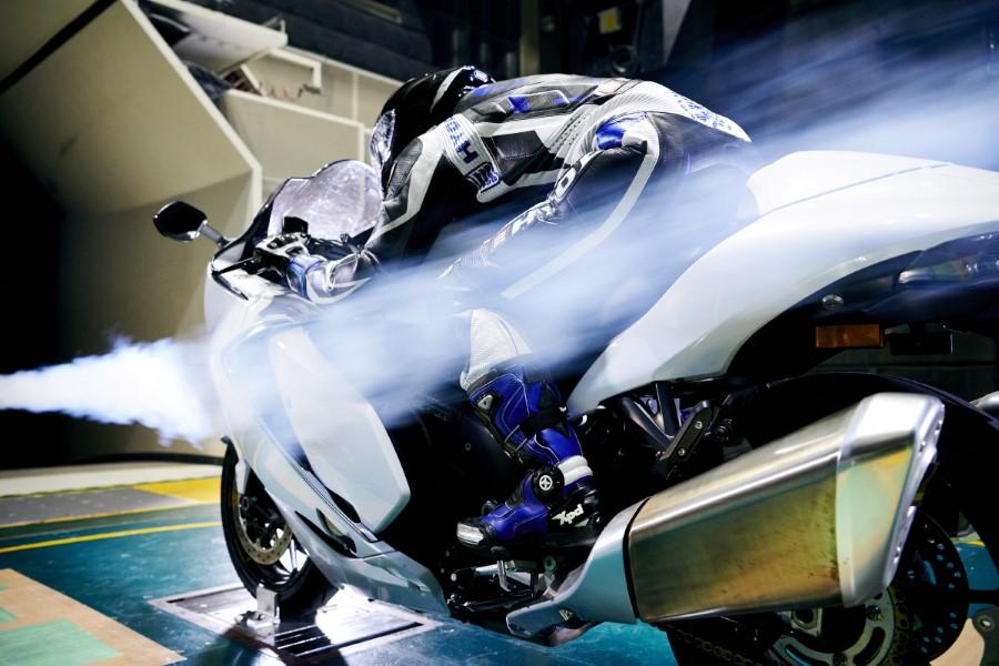 Suzuki_Hayabusa_GSX1300R_Gen3_MY21_2021_slide.gr_56