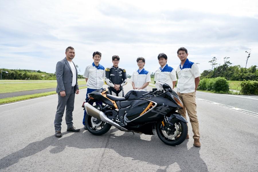Suzuki_Hayabusa_GSX1300R_Gen3_MY21_2021_slide.gr_58