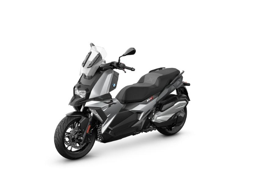 BMW_Motorrad_C_400_X_GT_Black_Collection_Scooter_2021_slide.gr_04