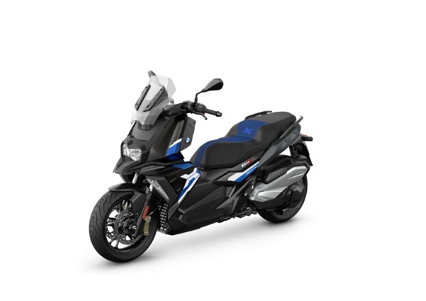 BMW_Motorrad_C_400_X_GT_Black_Collection_Scooter_2021_slide.gr_08