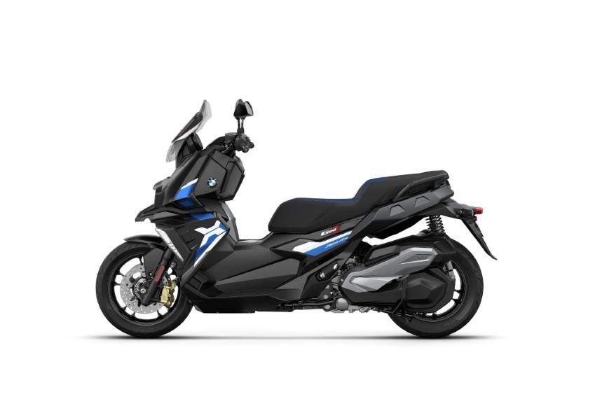BMW_Motorrad_C_400_X_GT_Black_Collection_Scooter_2021_slide.gr_09