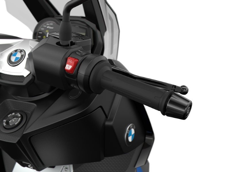 BMW_Motorrad_C_400_X_GT_Black_Collection_Scooter_2021_slide.gr_13