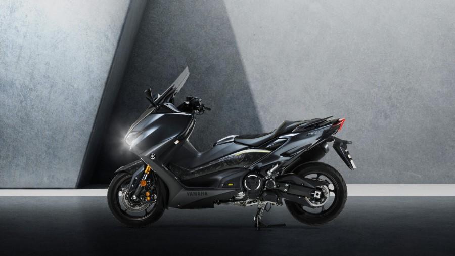 Yamaha_TMAX_20th_Anniversary_2021_slide.gr_16