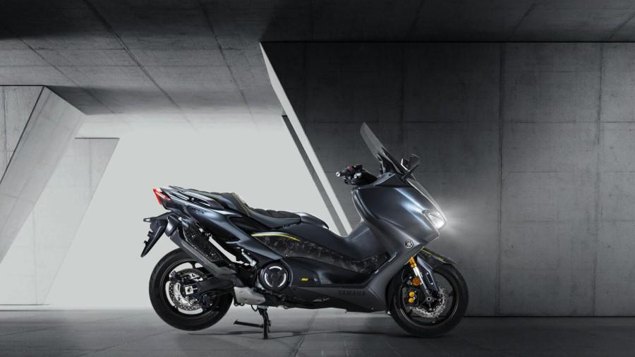 Yamaha_TMAX_20th_Anniversary_2021_slide.gr_18