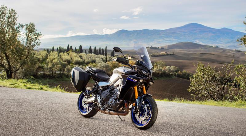 Οι νέες Yamaha TRACER 900/GT και MT-09/SP έφτασαν στην Ελλάδα.